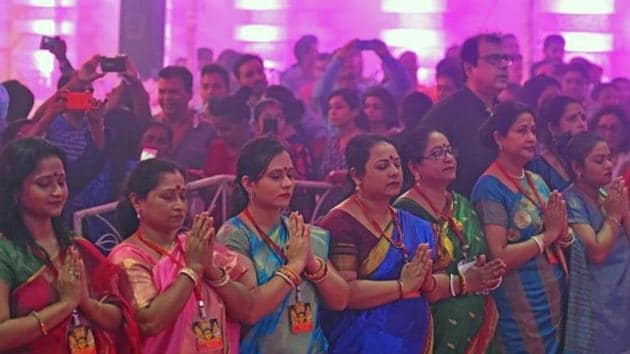 The term Navratri is derived from 'nav' that stands for nine and 'ratri' that means night in Sanskrit.(HT File Photo)