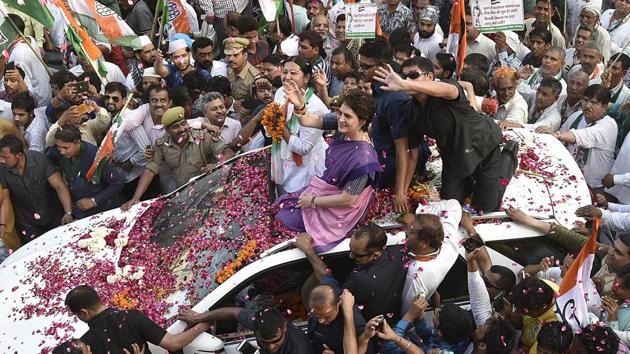 Congress General Secretary Priyanka Vadra during a roadshow, ahead of the Lok Sabha polls, in Ghaziabad.(Raj K Raj/HT PHOTO)