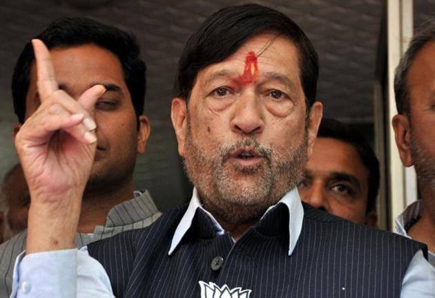 Girish Bapat, senior Bharatiya Janata Party (BJP) leader and party's nominee for Pune Lok Sabha seat.(HT PHOTO)