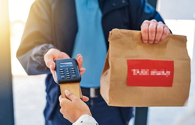 Online food suppliers, also known as food aggregators, such as Swiggy, Zomato, Foodpanda and Uber Eats will now have to maintain health records of its employees. (Image used for representational purpose)(iStock)