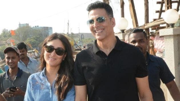 Actors Kareena Kapoor and Akshay Kumar seen at Madh Jetty, Mumbai on April 6, 2019.(IANS)
