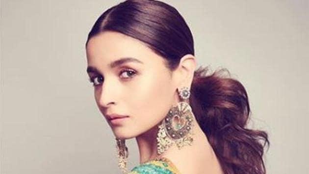 From actress Alia Bhatt to Aditi Rao Hydari and Janhvi Kapoor, several Bollywood divas gathered together to be a part of the '#20yearsofSabyasachi' bash.(Alia Bhatt/Instagram)