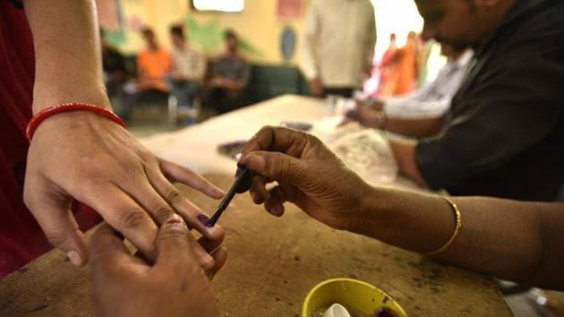New Delhi, India - April 23, 2017: A view of pooling station Burari, casting vote for Delhi MCD elections in North Delhi on Sunday, April 23, 2017. (Photo by Arun Sharma/ Hindustan Times)(Arun Sharma/HT PHOTO)