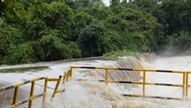 Villagers and police rushed to the spot, but could only recover their bodies from the dam.(HT Photo)