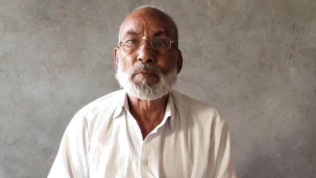 Mohammad Saleem, father of Shahnawaz, who was allegedly killed by members of Jat Community in 2013 in Muzaffarnagar village(Hindustan Times)