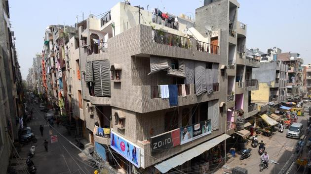 A view of the market and residential area, at Pandav Nagar, New Delhi. Pandav Nagar area in east Delhi is an unauthorised colony.(Amal KS/HT PHOTO)