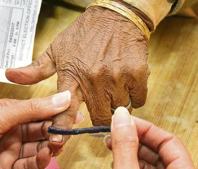 """Additionally, voters will also get a discount of 15-50% on medicines from the medical stores attached to the clinics. """"Discounts will range from 15% to 50%, depending on the type of medicines,"""" he said.(Gurpreet Singh/Hindustan Times)"""