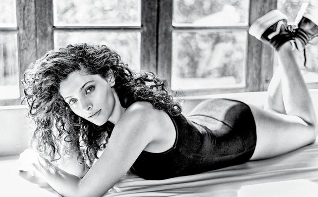 Saiyami Kher says she is a complete romantic and would want to swipe right for Roger Federer! (Styling: Mohit Rai; Make-up and hair: Pooja Rohira Fernandes ; Outfit, Topshop; Shoes, Zara )(Photo: Abhay Singh)