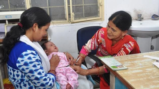 Globally, each year around 21.1 million children on average don't get the first dose of the measles vaccine, which has led to around 169 million children remaining unvaccinated between 2010 and 2017, according to Unicef.(Representative Image)