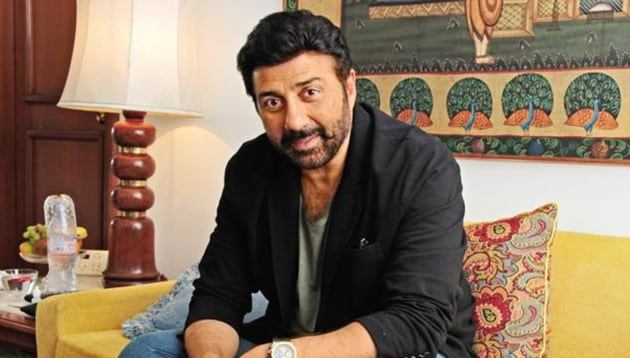 Sunny will file his nomination papers in the company of his father Dharmendra and brother Bobby Deol on Monday(HT Photo)