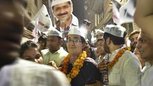 AAP's East Delhi candidate Atishi at Batla House and Zakir Nagar on Saturday.(Raj K Raj/HT PHOTO)