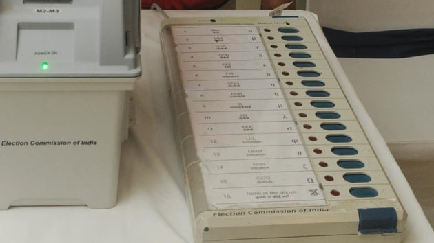 VVPAT machines were used for the first time in a Lok Sabha election, said Rajasthan chief electoral officer Anand Kumar.(HT Photo)