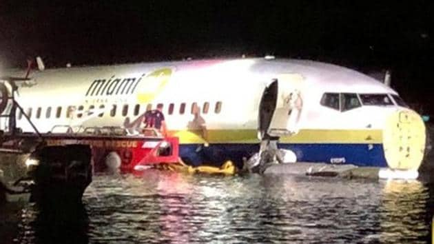 A Boeing 737 is seen in the St. Johns River in Jacksonville, Florida, U.S. May 3, 2019 in this picture obtained from social media. JACKSONVILLE SHERIFF'S OFFICE /via REUTERS(REUTERS)