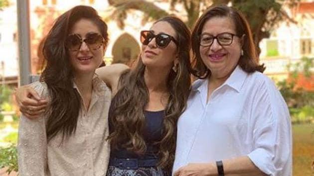 Kareena Kapoor with sister Karisma and mother Babita.(Instagram)