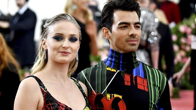"""Sophie Turner, left, and Joe Jonas attend The Metropolitan Museum of Art's Costume Institute benefit gala celebrating the opening of the """"Camp: Notes on Fashion"""" exhibition on Monday, May 6, 2019, in New York. (Photo by Charles Sykes/Invision/AP)(Charles Sykes/Invision/AP)"""