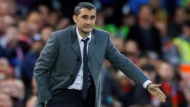 Barcelona coach Ernesto Valverde gestures during their match against Liverpool.(REUTERS)