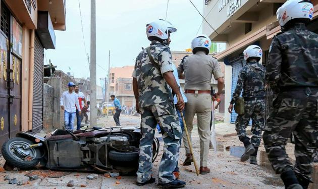 Police opened fire to disperse a mob in Bihar's West Champaran district, after it allegedly attacked Bharatiya Janata Party Member of Parliament Sanjay Jaiswal(PTI)