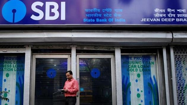 With a big chunk of bad loans written off in FY19, SBI's outstanding gross non-performing assets (NPAs) declined 23% year-on-year (y-o-y) to Rs 1.72 lakh crore.(REUTERS FILE PHOTOA)