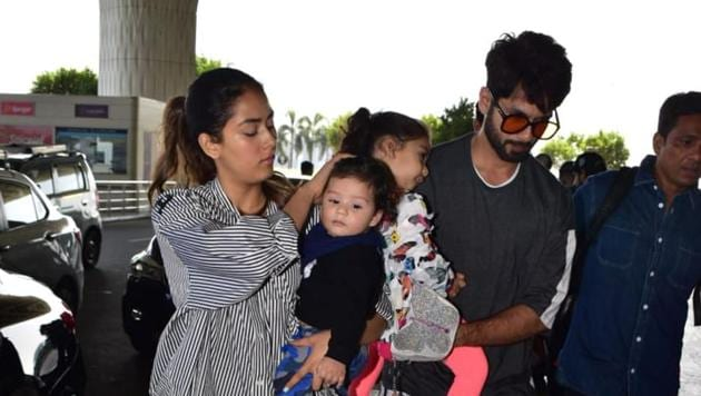 Shahid Kapoor and Mira Rajput spotted at the Mumbai airport with their kids.(Varinder Chawla)