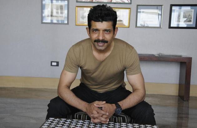 Actor Viineet Kumar in Lucknow.(Dheeraj Dhawan/HT Photo)