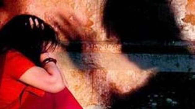 The police said that the girl was returning from a coaching institute on Monday evening when the accused abducted her near the Magadh university and took her to an isolated place.(HT Photo)