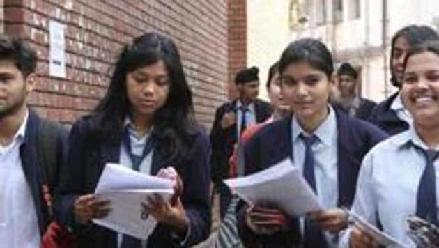 GSEB 10th result 2019 declared: Gujarat Secondary and Higher Secondary Board (GSHSEB) on Tuesday declared the Class 10th or SSC result 2019.(HT file)