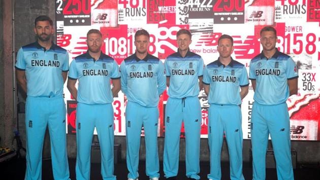 England's Liam Plunkett, Jonny Bairstow, Jason Roy, Joe Root, Eoin Morgan and Jos Buttler pose during the launch(Action Images via Reuters)
