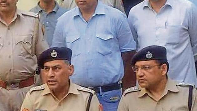 Jaipur police commissioner Anand Shrivastava said that the police were getting information for last few months about the supply of illegal weapons in Jaipur and nearby areas.(HTPhoto)