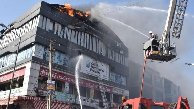 According to an official, Delhi government is focussing on high-rise buildings where coaching centres are functioning and inspecting whether these centres have functional firefighting equipments(HT Photo)