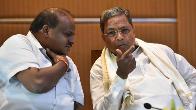 Former Karnataka chief minister Siddaramaiah told reporters after attending the meeting that the partners had discussed an expansion of the state Cabinet.(HT PHOTO)