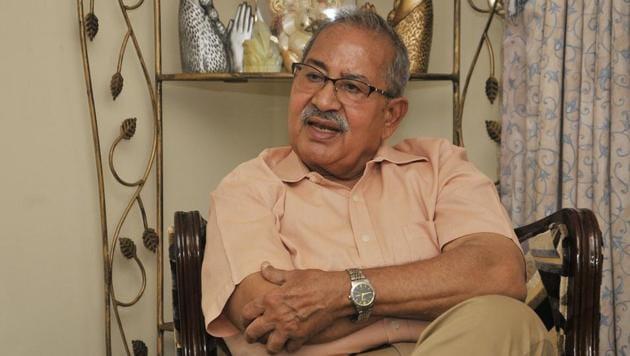 Former Punjab DGP PC Dogra at his residence in Chandigarh.(Karun Sharma/HT)