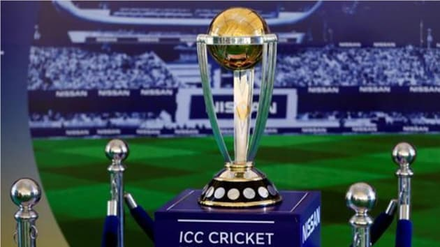 The 2019 ICC Cricket World Cup Trophy showcased during an event.(REUTERS/Dinuka Liyanawatte)