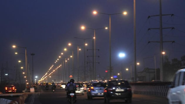 """Sanjay Banga, CEO, Tata Power-DDL, said, """"Tata Power-DDL strives to give the best services to its customers, but in this case, the non-payment of dues is severely hampering the regular maintenance of the streetlights.(HT Photo)"""