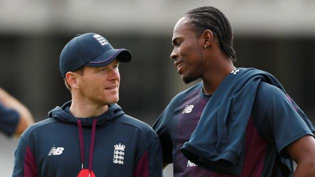 England's Jofra Archer talks with Eoin Morgan during a nets session.(Action Images via Reuters)