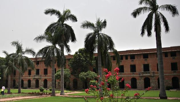 Miranda House is one of the most sought-after colleges under Delhi University for women applicants.(HT File)