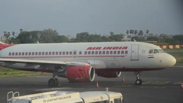 From 5.30pm on Sunday evening, at least 30 flights have used the route, a senior Mumbai ATC official said.(HT Photo)