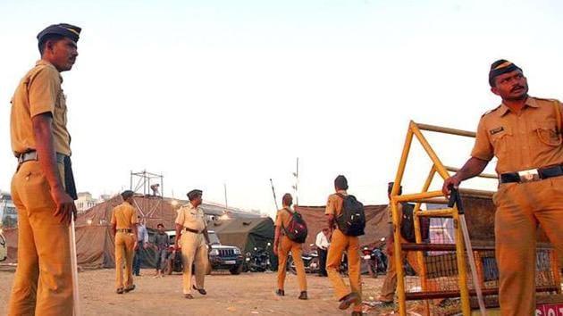 Police security at MMRDA ground VIP entry, hours before Anna Hazare arrives for fast. HT Photo by Kalpak Pathak.(Kalpak Pathak/ HTPhotos)