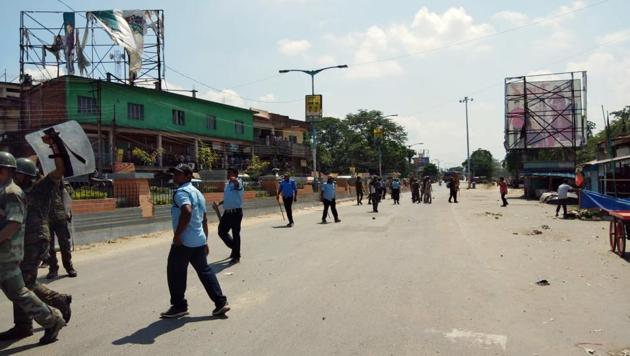 Clash between BJP workers and police in South Dinajpur on Saturday.(ANI File Photo)