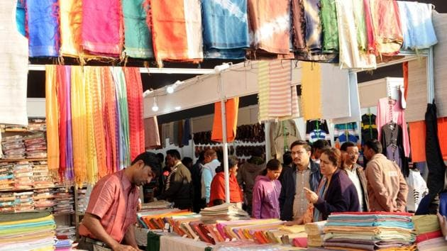 The Ayush ministry has tied up with the Khadi and Village Industries Commission (KVIC), a body established by the government of India to promote and facilitate khadi and villages industries in the country.(Diwakar Prasad/ Hindustan Times)