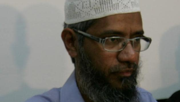 Malaysia has the right not to extradite Zakir Naik to India if he believes he will not get justice at home, Prime Minister Mahathir Mohamad said on Monday.(HT File Photo)