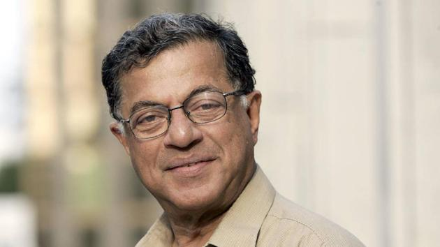 As a public intellectual, Girish Karnad was known for his trenchant criticism of right-wing politics, and those opposed to rational ideas(HT File Photo)