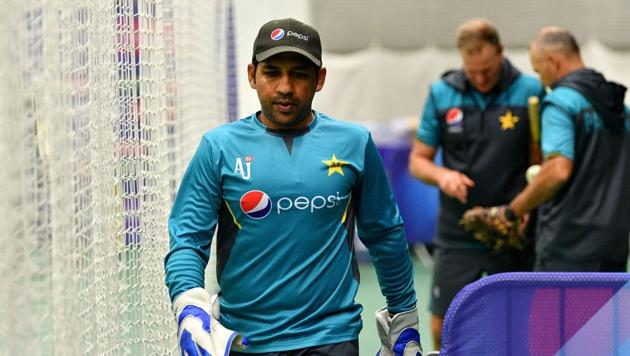 Pakistan's captain Sarfaraz Ahmed attends an indoor nets trainnig session at The County Ground in Taunton(AFP)