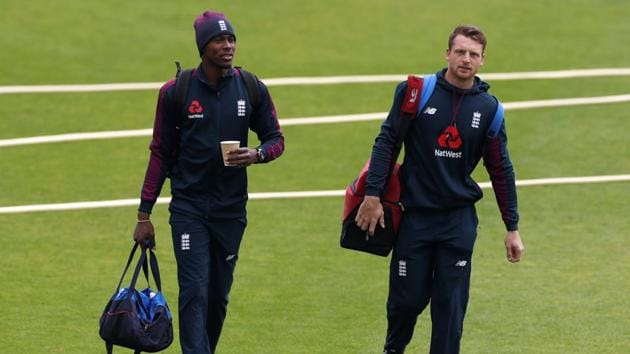 England's Jofra Archer and Jos Buttler arrive for nets.(Reuters)