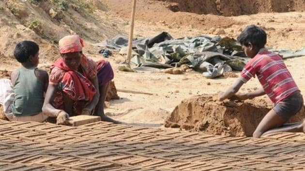 Twenty-six child labourers were rescued from the plant of popular biscuit brand Parle-G(Hindustan Times)