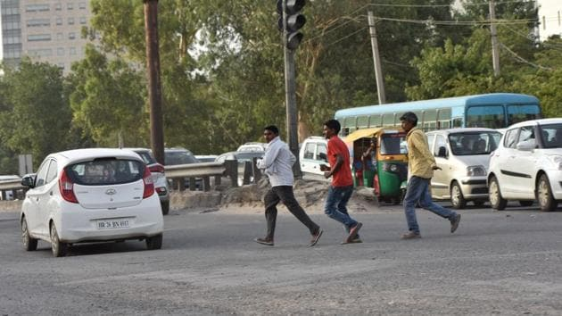 The snarls at north Delhi's Peeragarhi Chowk, especially during peak hours, will soon be a thing of the past.(Yogesh Kumar/Hindustan Times (Representative image))