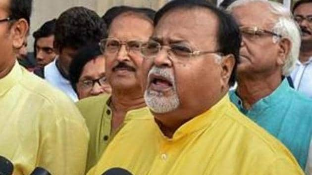 Chatterjee held meetings with faculty members and vice chancellor Sabyasachi Basu Ray Chaudhury, who has ordered an inquiry into the alleged incidents.(PTI file photo)