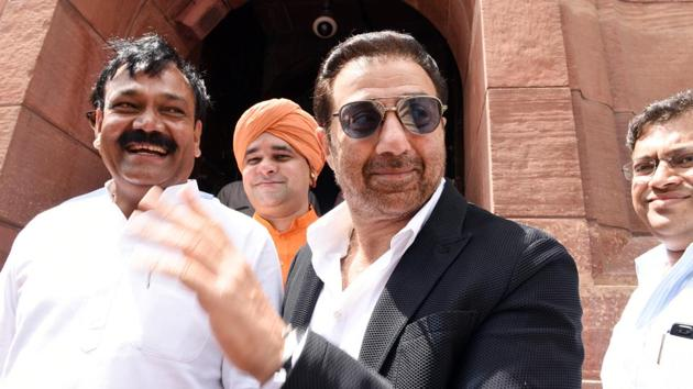 Sunny Deol, BJP MP from Gurdaspur, arrives for the second day of the first session of the 17th Lok Sabha at Parliament House in New Delhi on Tuesday, June 18, 2019.(Ajay Aggarwal/HT PHOTO)