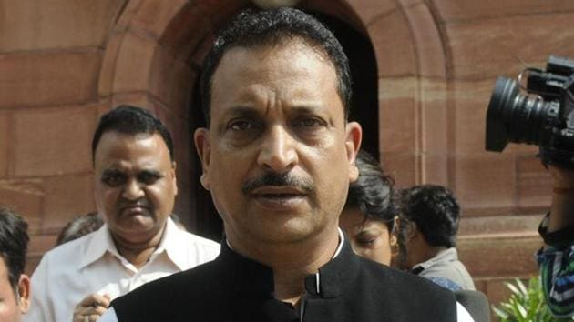 BJP leader Rajiv Pratap Singh Rudy from Bihar's Saran district further said that due to some misinformation many people have stopped eating litchi and drinking litchi juice(Sushil Kumar/ Hindustan Times)
