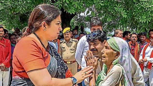 In Baraulia, she was joined by Goa chief minister Pramod Sawant, who had come all the way due to the emotional bond that his predecessor late Manohar Parrikar shared with the village as a Rajya Sabha MP.(HT Photo)