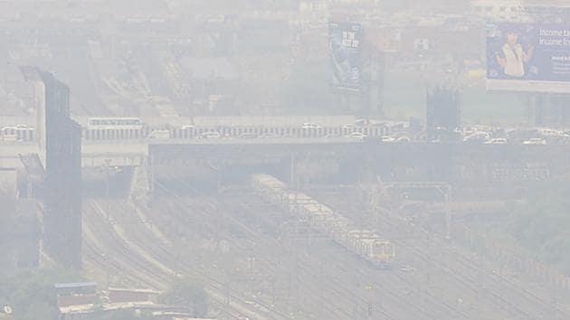 Haze engulfs the city on February 6, 2018.(Vijayanand Gupta/HT File photo)